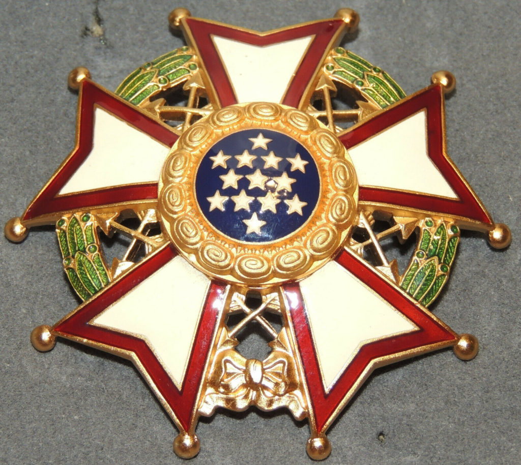 American Medals and Insignia 4