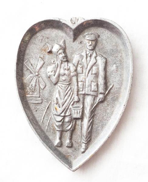 Commemorative Ash Tray