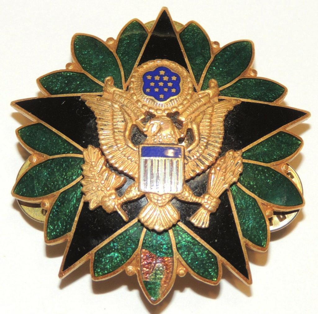 American Medals and Insignia 5
