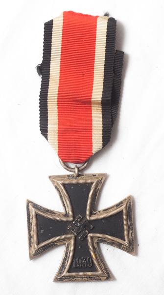 WW2 German Iron Cross 2nd Class (EK2)