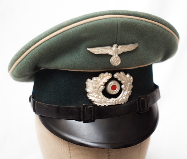 WW2 German Heer Army NCO officers peaked visor cap- note white piping.