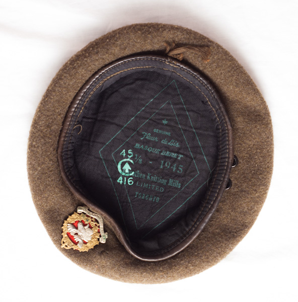 WW2 New Brunswick Rangers of Canada 1945 dated and C-> marked beret