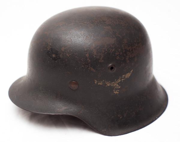 WW2 German M42 Luftwaffe Single Decal Helmet.