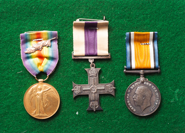 1914-1918 War / Victory medals and Military Cross
