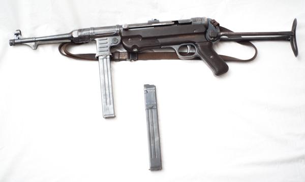 """Original WW2 MP40 """"Schmeisser"""" Sub Machine Gun."""