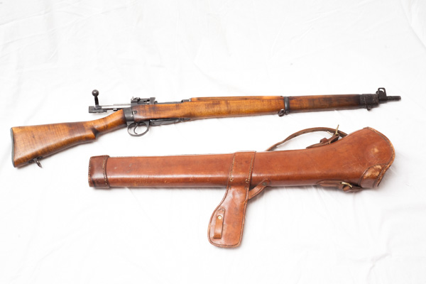 WW2 1942 No 4. Mark 1 Longbranch Enfield rifle